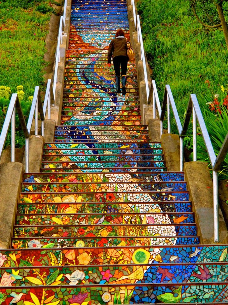 Running up and down stairs sounds like a horrible workout but if the stairs were THIS beautiful, I think I could handle it.