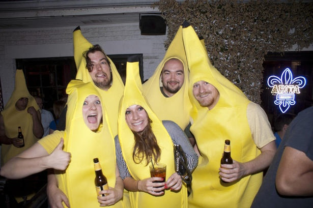5 pub crawl themes that will make your summer insanely