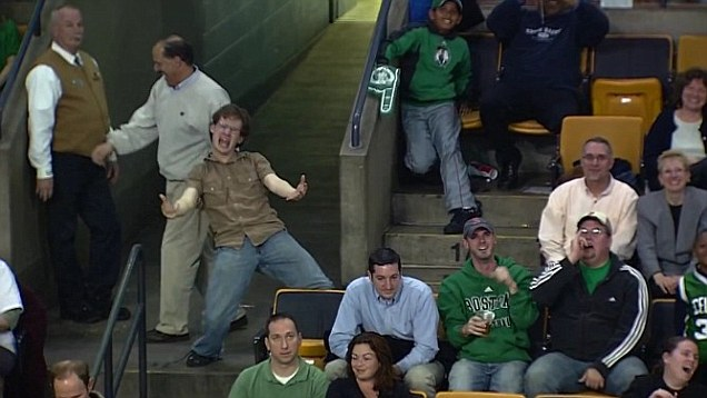 "Celtics Fan Inspires The Crowd With His Enthusiasm And Convinces Them To Join Him In Singing ""Living On A Prayer!"""