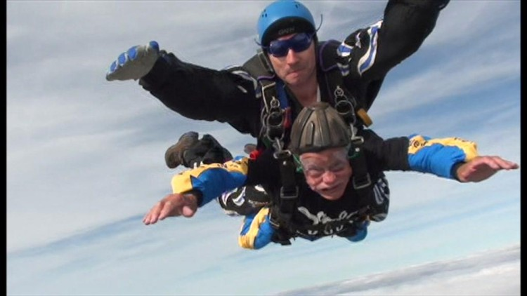 94-Year-Old British Man Is Skydiving For Charity And We Are SO Inspired By His Work!