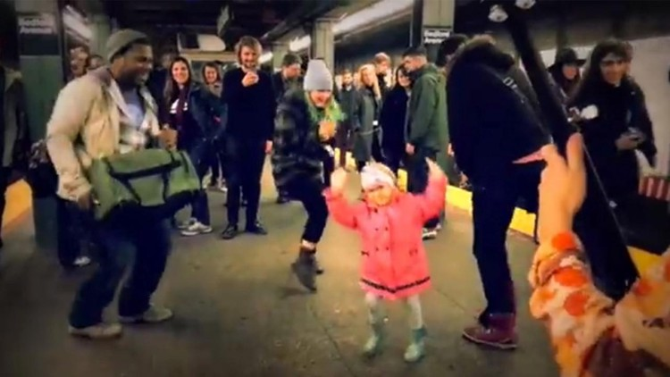 Subway Platform Turns Into A Dance Floor When This Adorable Little Girl Starts Busting Her Moves