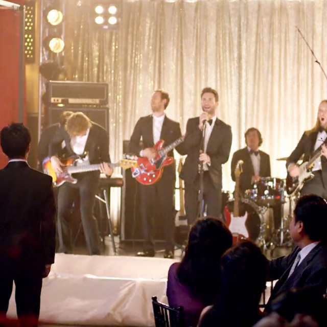 "Maroon 5 Crashed Weddings For Their Latest Music Video ""Sugar"" And It Is BEYOND Awesome!"